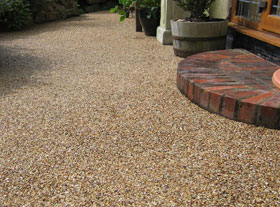 resin bonded driveways in colchester, sudbury and essex